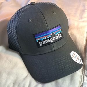 Patagonia Accessories - Patagonia P-6 Trucker Hat 3526c6294a6a